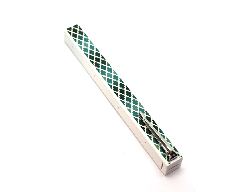 Penwak Swivel Case Pure White Lattice Green